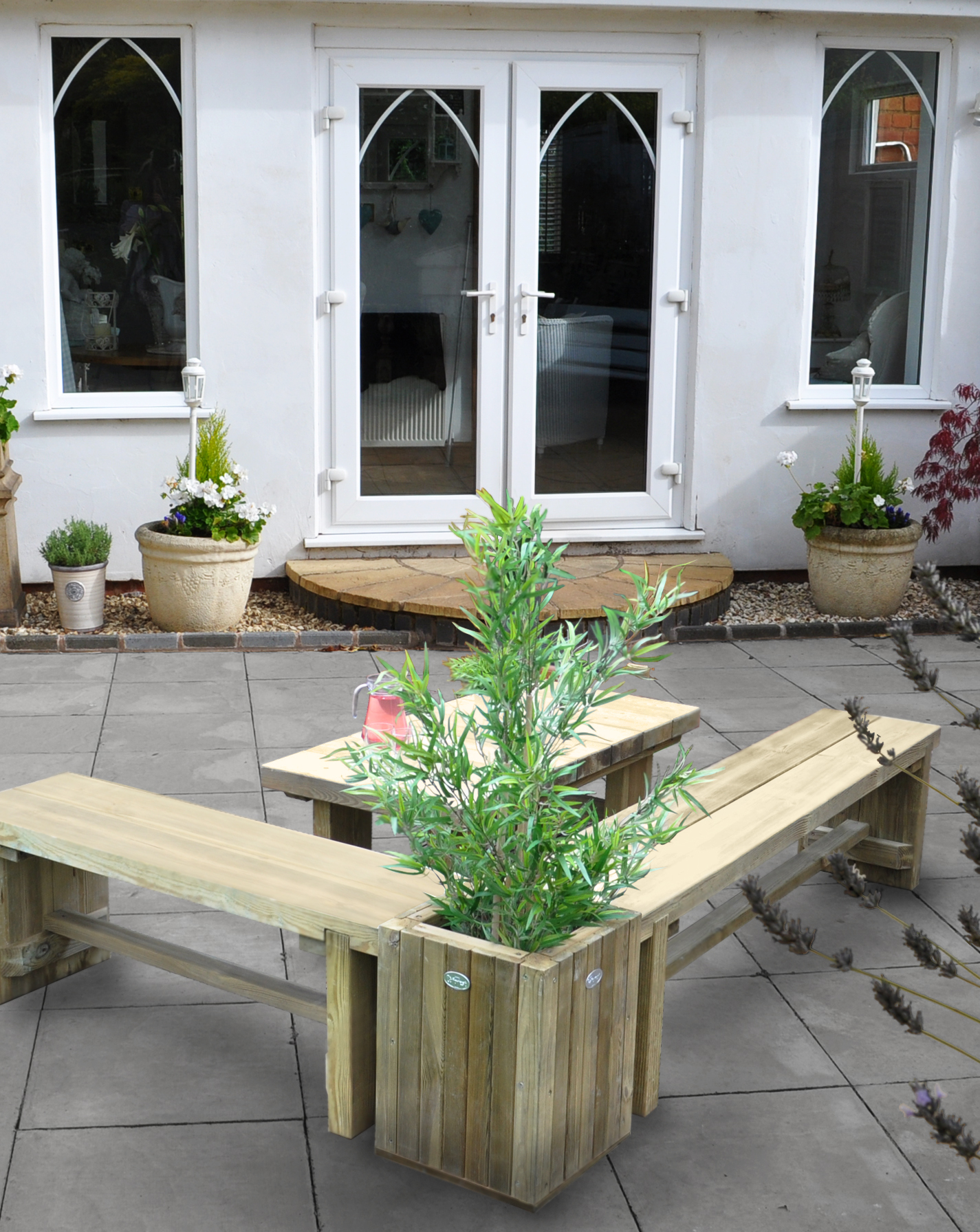 DSBENPL Planter Table Insitu2.jpg
